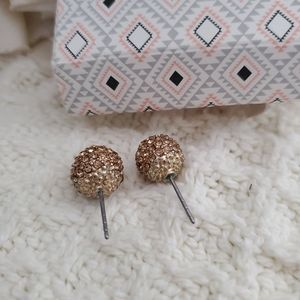 Fossil pave ball studs
